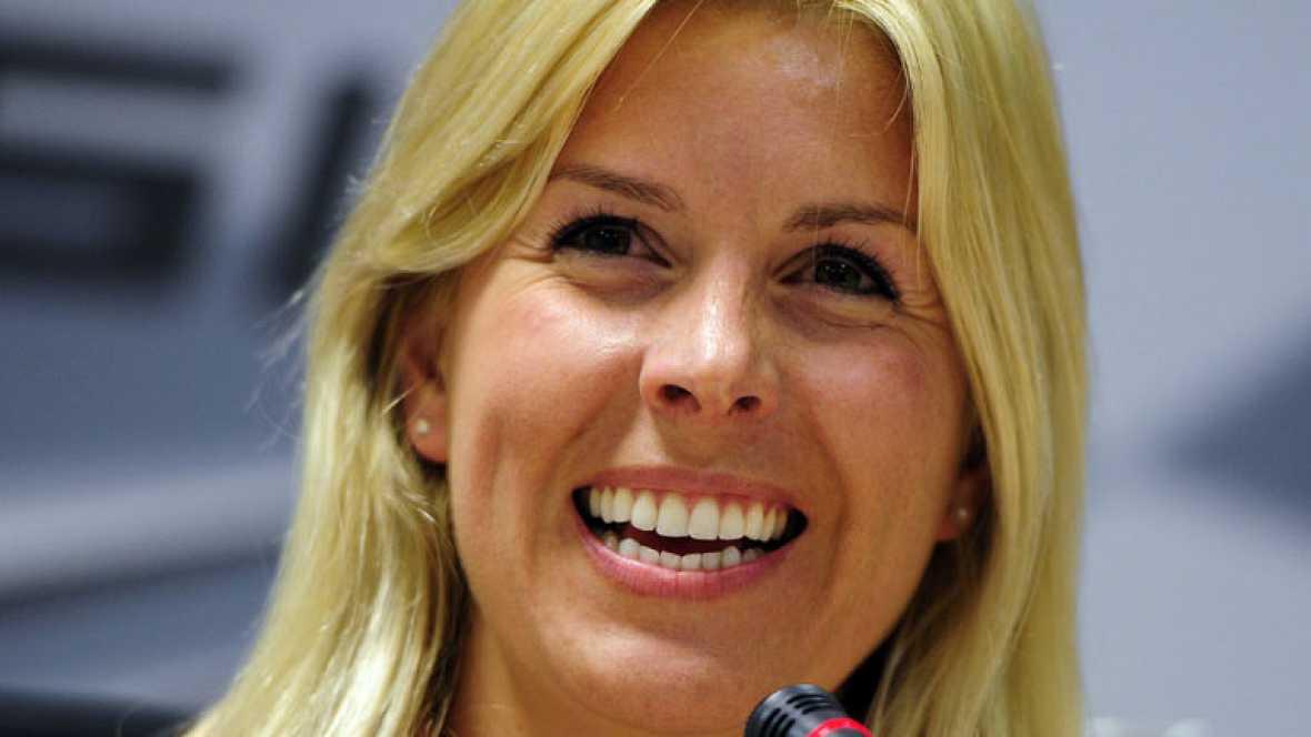 La piloto española María de Villota, que el martes sufrió un grave accidente al comienzo de una jornada de pruebas en el aeródromo británico de Duxford, ha perdido el ojo derecho tras una larga operación a la que se sometió en el hospital Addenbrooke