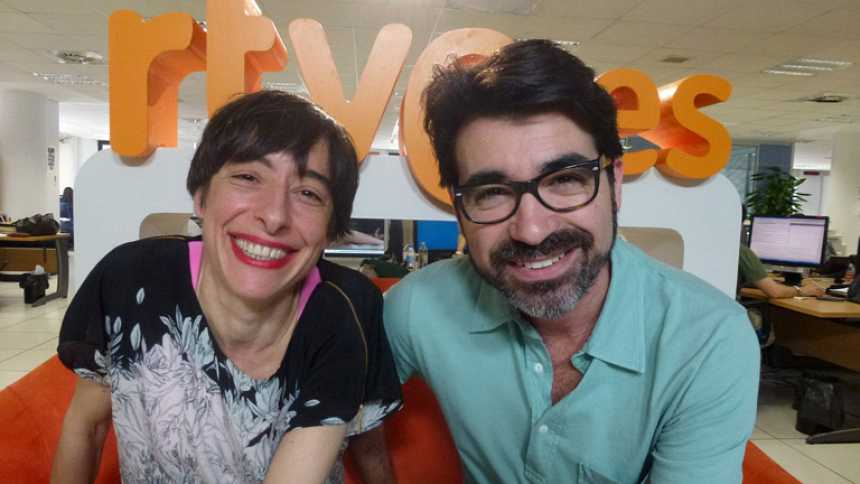 La diseñadora Miriam Ocariz visita 'La vida al bies'