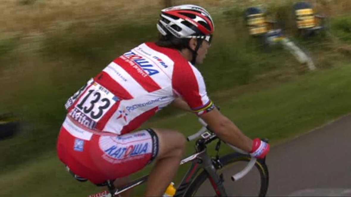 El ciclista cántabro se perderá casi con seguridad los Juegos de Londres tras romperse una costilla, que le traspasó la pleura, por una caída en la sexta etapa del Tour.