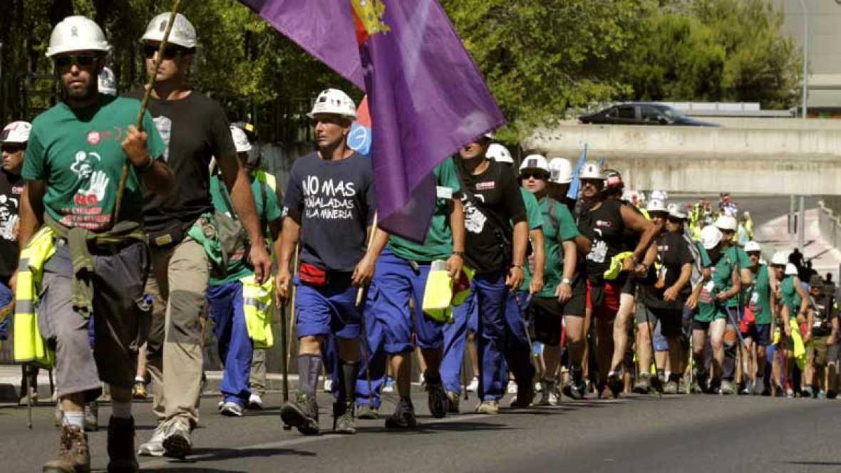Los mineros prosiguen su marcha por la Comunidad de Madrid para protestar por los recortes en el sector
