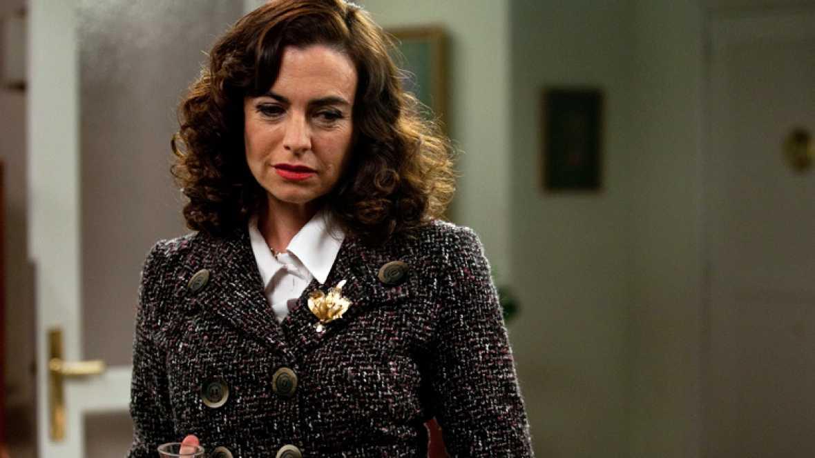 Amar - El peinado de Rocío Zúñiga (Lola Baldrich)