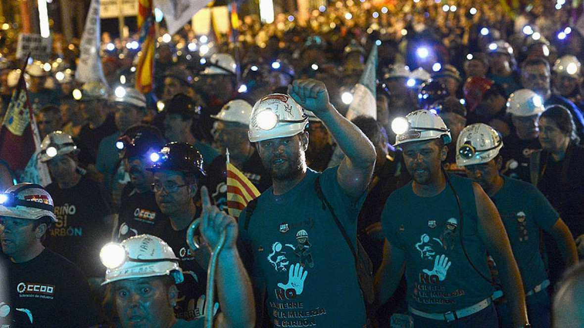 """La """"Marcha Negra"""" llega a la Puerta del Sol con gritos de apoyo a los mineros"""