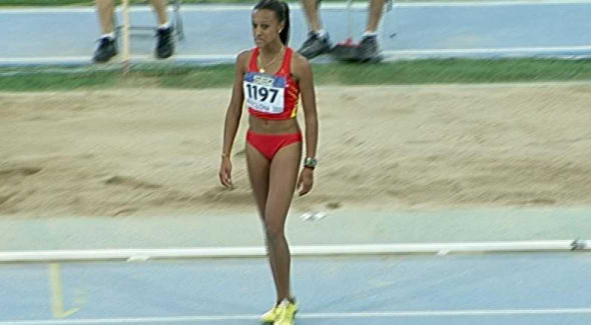 La atleta española Ana Peleteiro se ha proclamado campeona del mundo júnior de triple salto en Barcelona con la mejor marca mundial del año, 14,17, récord de España de la categoría.