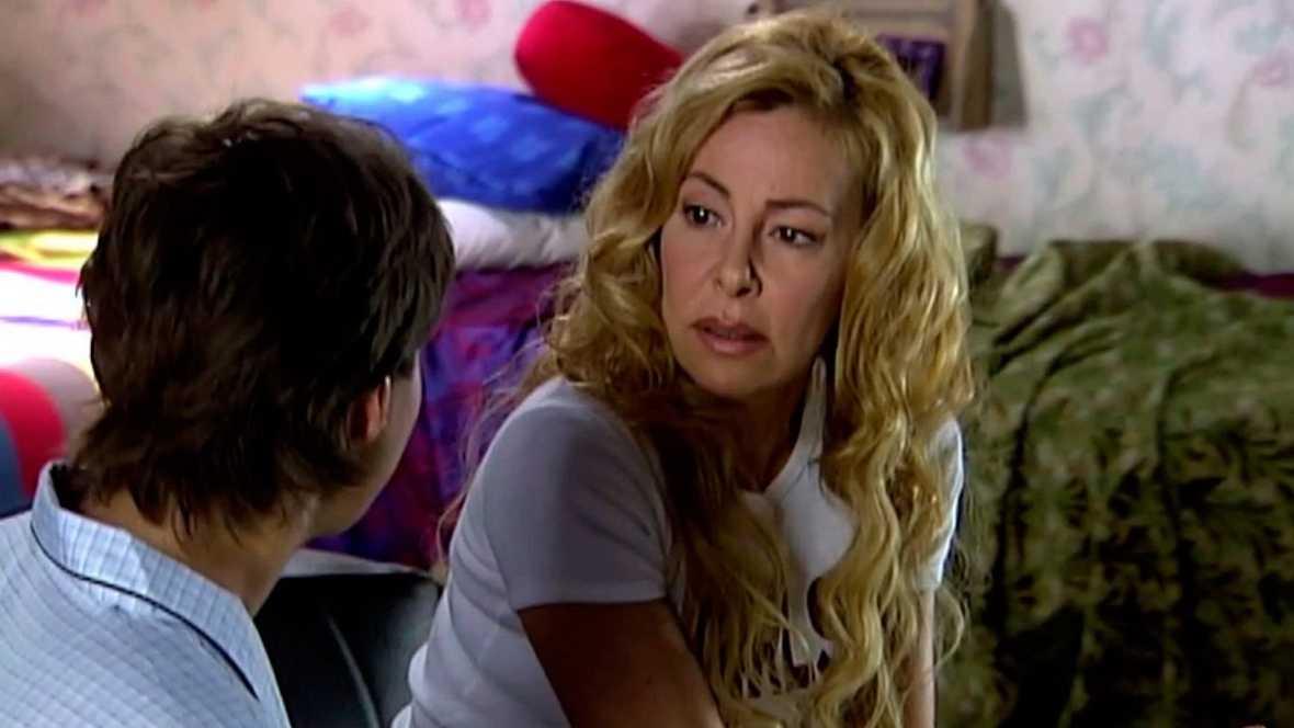 Ana y los siete - El cometa de los deseos - Ante la huida de Guille y Lucia, la familia avisa a la policia y sale en busca de los pequeños - Ver ahora