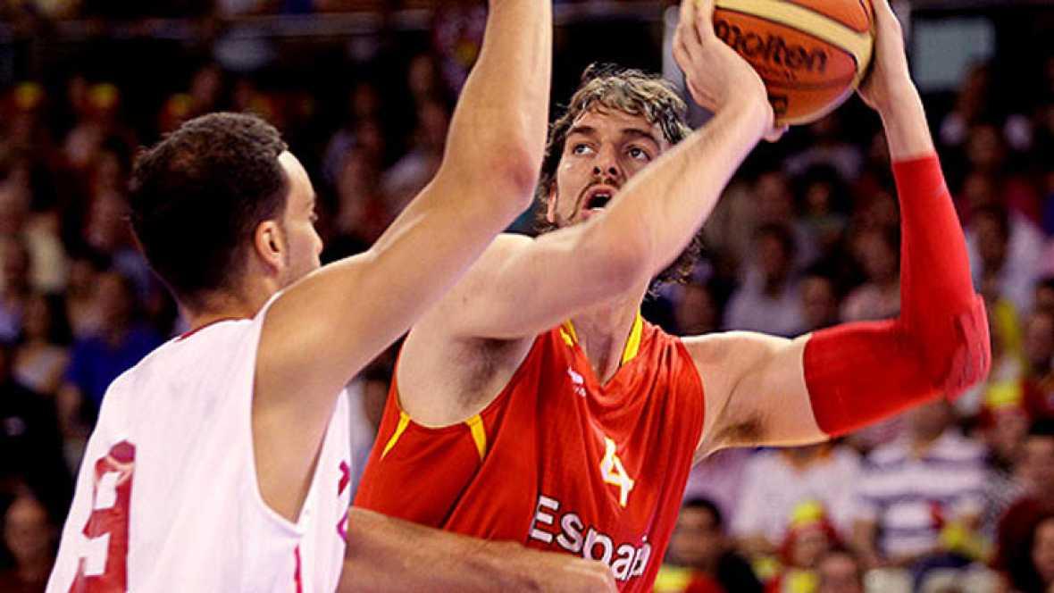 España apabulla a Túnez y suma su tercera victoria