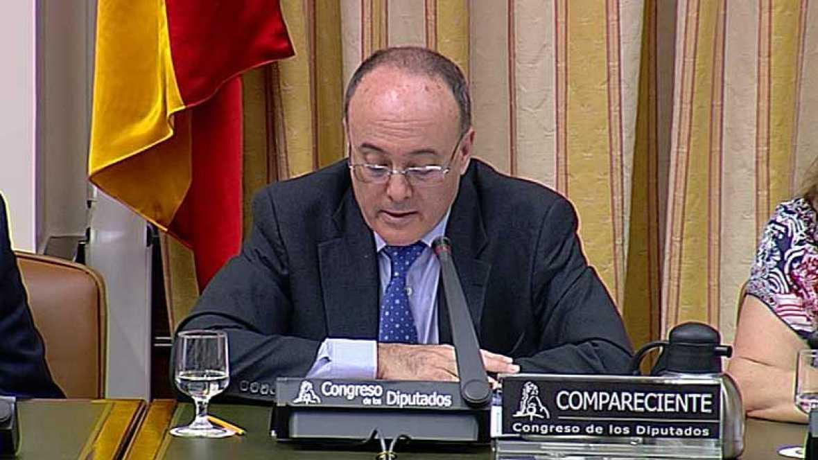 Luis María Linde se muestra partidario de liquidar entidades no viables