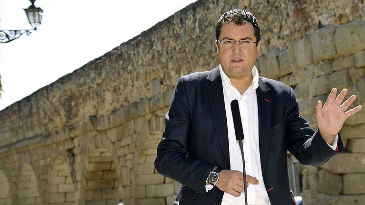 Rajoy gobierna en solitario y contra todos según el PSOE