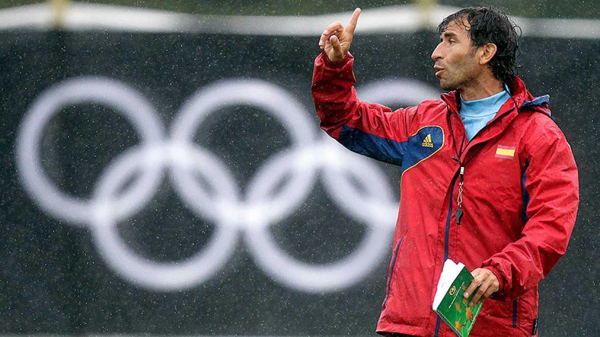 El debut de la expedición olímpica española en Londres 2012 correrá a cargo de la selección de fútbol, que ya está en Glasgow, donde jugará contra Japón el jueves 26.