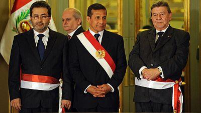El presidente de Perú sustituye al primer ministro y a seis miembros del gobierno