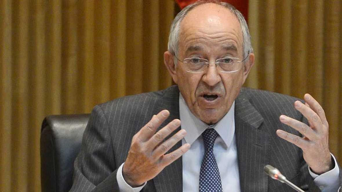 Fernández Ordóñez: la negociación con las autonomías ralentizó las fusiones de cajas