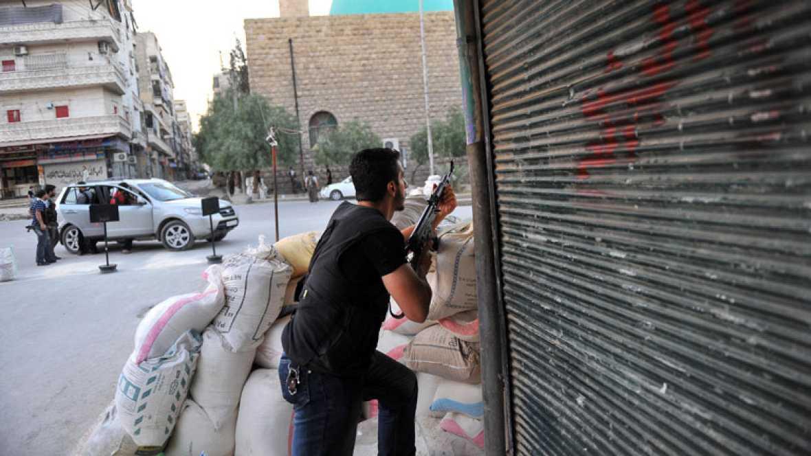 Las tropas de Bachar Al Asad atacan Damasco provocando la huida de cientos de familias