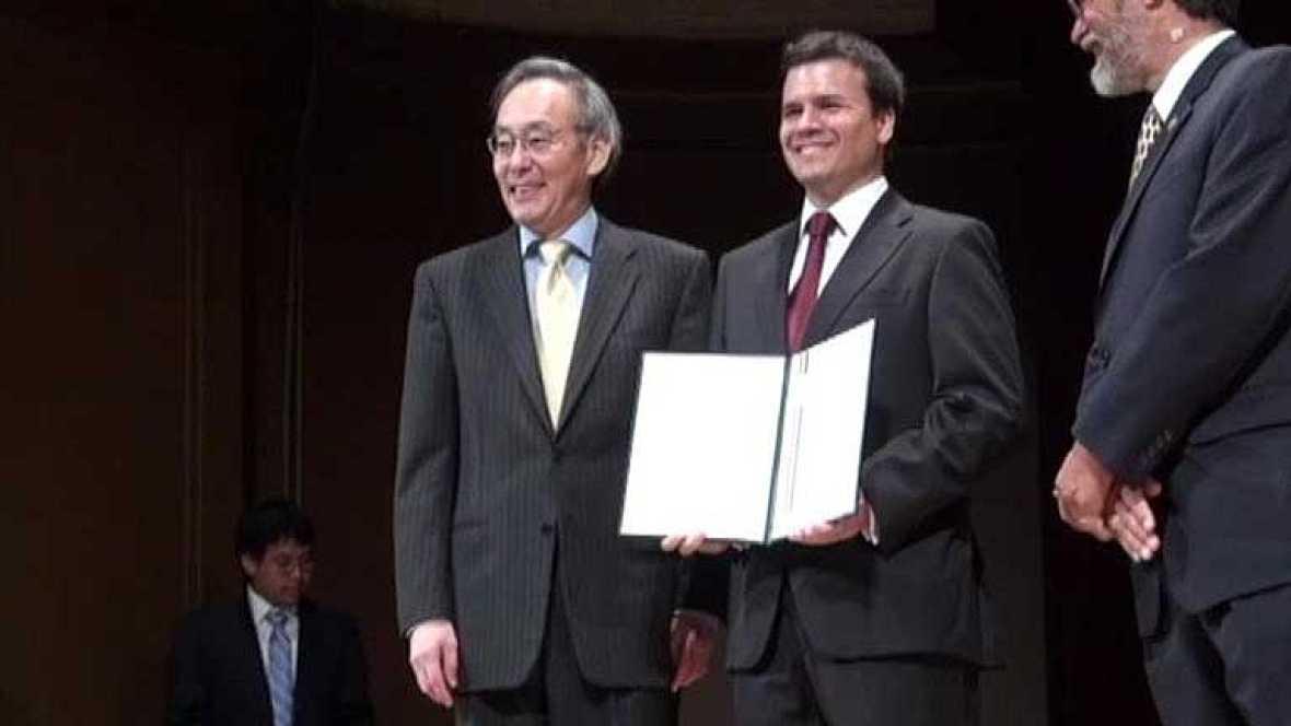 Un español premiado por el Gobierno de EE.UU por sus investigaciones con el grafeno