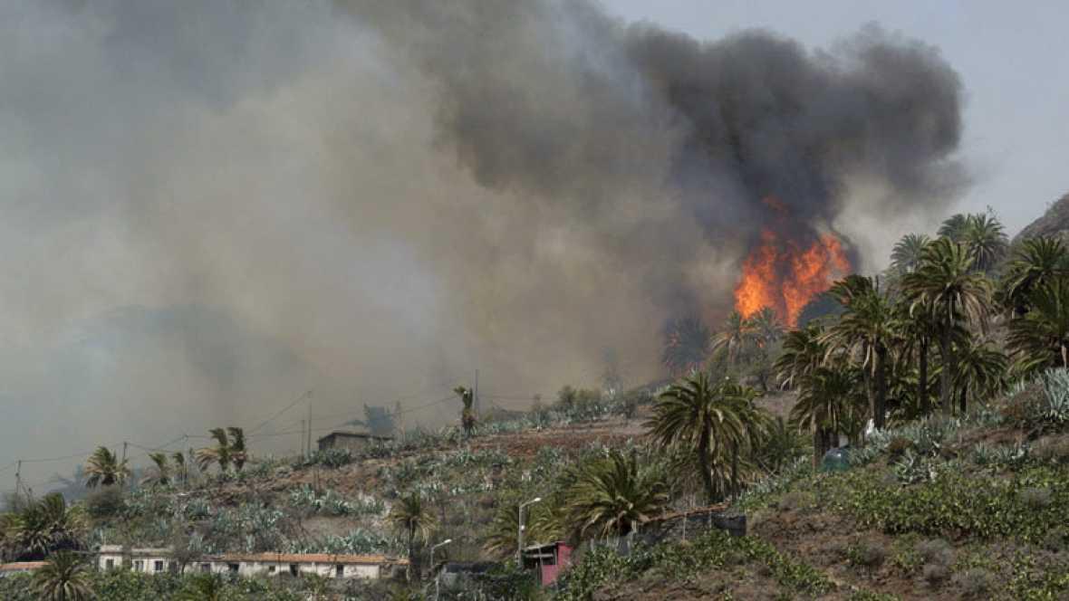 Los incendios de Canarias, significativamente mejor por el cambio del tiempo