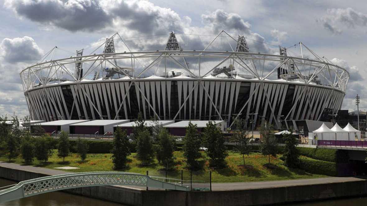 Miles de personas pasean por el parque olímpico de Londres, quieren vivir de cerca unos juegos y vienen de todos los rincones.Hasta ahora, 6 millones de espectadores han visto algunas de las pruebas en directo. Sólo en el parque, hay 9 instalaciones