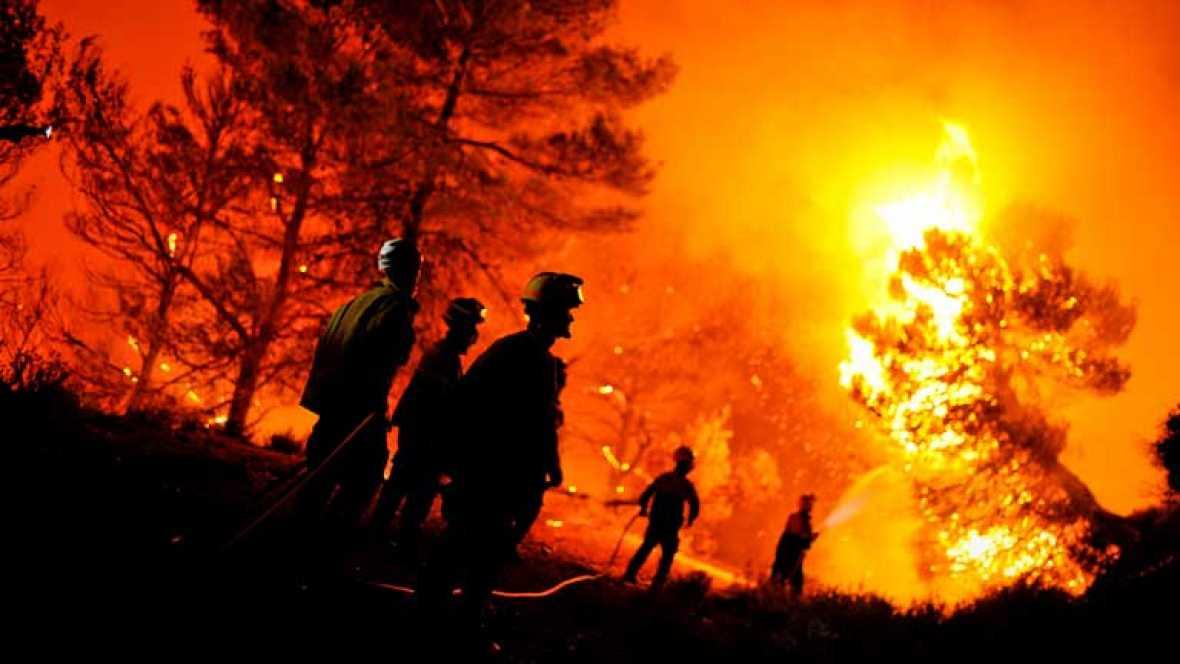 En alicante mueren dos brigadistas y se queman 600 hectáreas