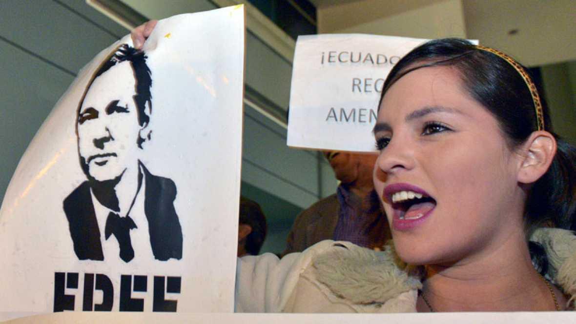 Reino Unido impedirá que Assange deje el país pese al asilo de Ecuador y teme un largo conflicto