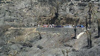 El fuego, aun sin control, ha consumido el 20 por ciento del parque nacional de Garajonay, en la Gomera