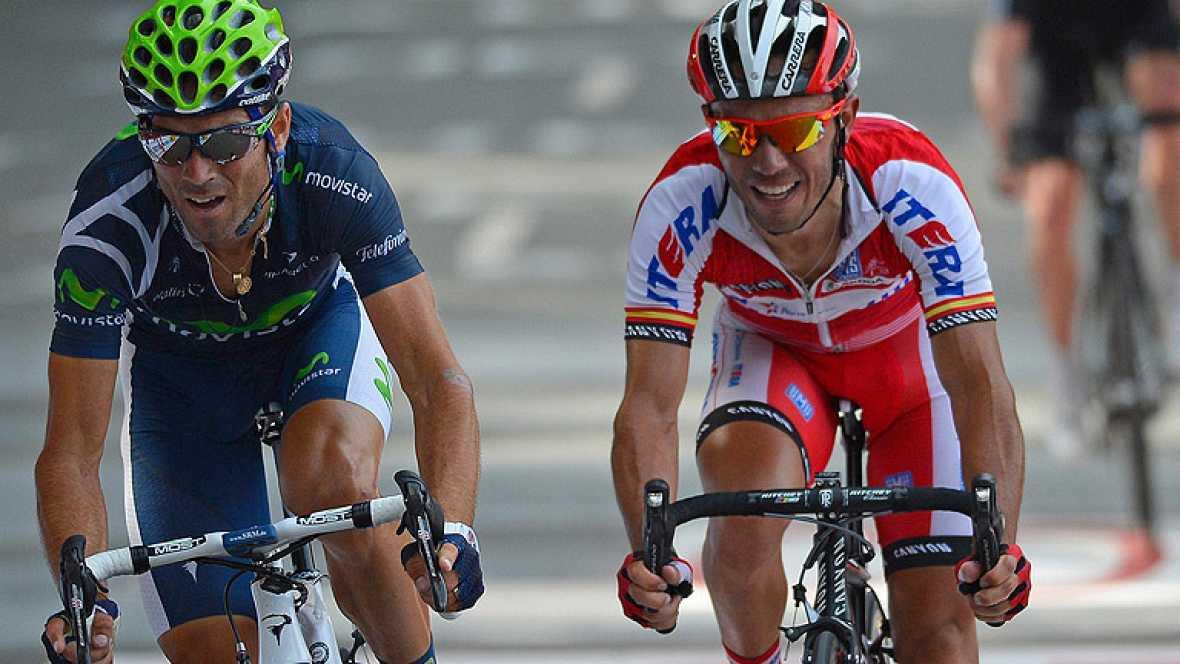 Alejandro Valverde se ha impuesto en la tercera etapa de la Vuelta 2012 gracias al exceso de confianza de 'Purito' Rodríguez en el 'sprint' final en Arrate.