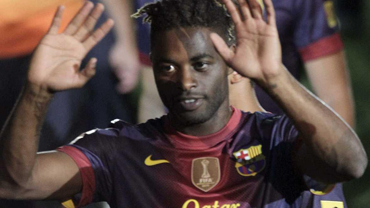 El camerunés Song ha firmado por cinco temporadas con el FC Barcelona, con el que ya ha sido presentado al coincidir su llegada con la celebración del Trofeo Joan Gamper en el Camp Nou.