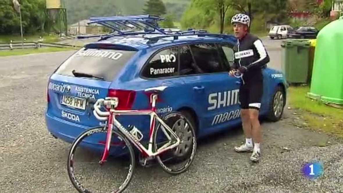 El comentarista de TVE afronta en esta ocasión la subida al puerto leonés de los Ancares, el primero del tríptico que decidirá la Vuelta ciclista a España 2012.