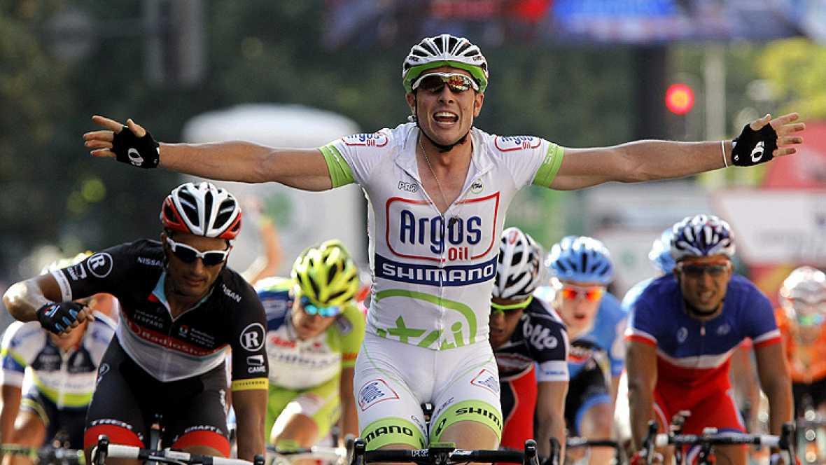 El alemán John Degenkolb, del Argos Shimano, se ha impuesto al esprint en la quinta etapa de la Vuelta ciclista a España disputada a través de 168 kilómetros con salida y llegada en Logroño, en la que el español Joaquim 'Purito' Rodríguez (Katusha) m