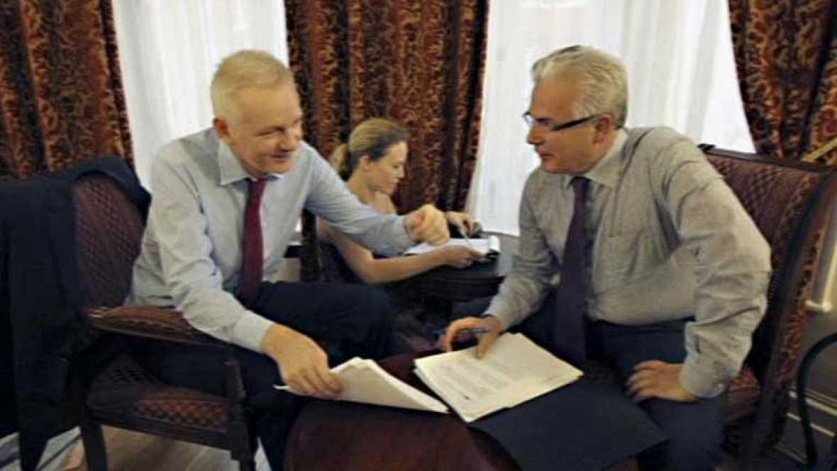 Garzón planea llevar a la Corte Internacional el caso Assange