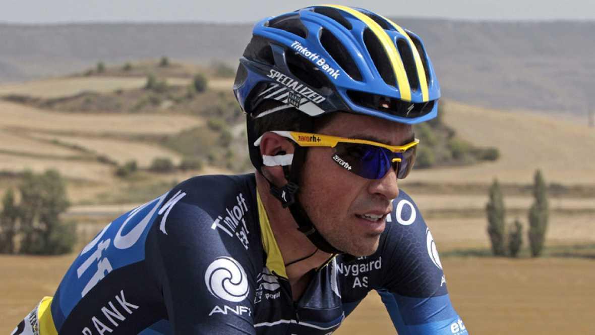 """Alberto Contador declaraba al terminar la séptima etapa de la vuelta ciclista a España que se otorga """"un bien"""" en la primera semana de competición en vísperas de la etapa con final en la Collada de la Gallina, en Andorra, donde anuncia que se mover"""