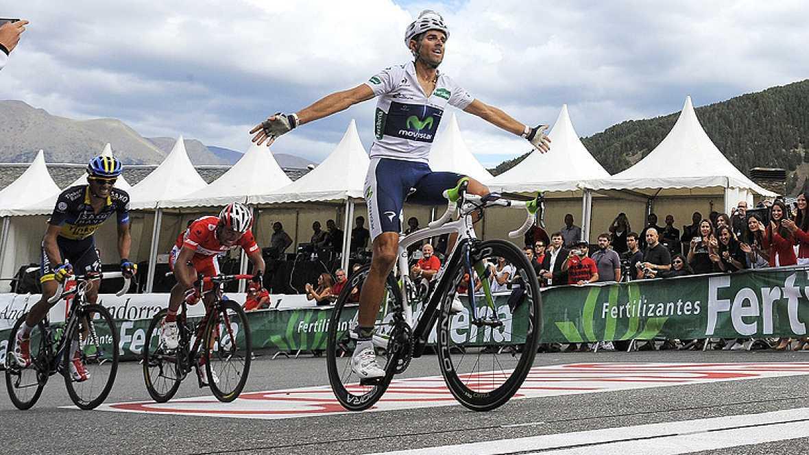 Alejandro Valverde se ha impuesto en la octava etapa de la Vuelta a España 2012 al pasar en primer lugar por la Collada de la Gallina, por delante de 'Purito' Rodríguez y Alberto Contador.