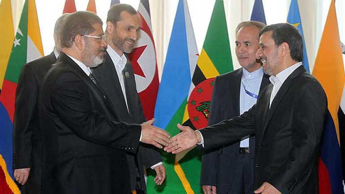 Choque frontal entre los dos grandes del mundo islámico, Egipto e Irán, por el conflicto de Siria