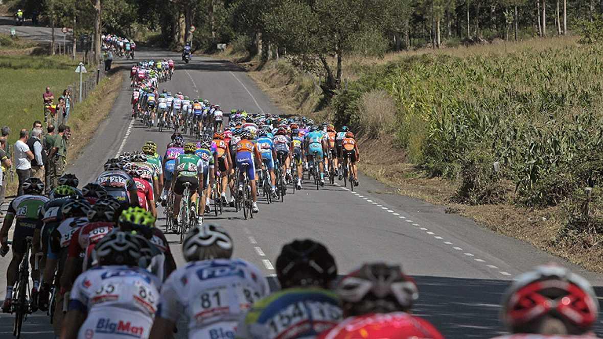Las tres etapas de alta montaña encadenadas decidirán quiénes son los candidatos con más posibilidades de llevarse la Vuelta ciclista a España 2012.