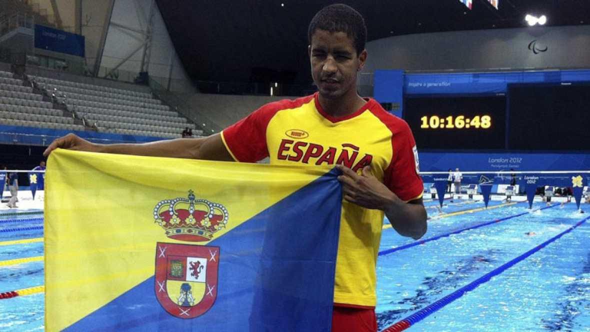 El español Enhamed Enhamed ha sido bronce en los 50 metros libres, clase S11, en los Juegos Paralímpicos de Londres. El campeón, Yang Bozun, ha batido el récord del mundo.