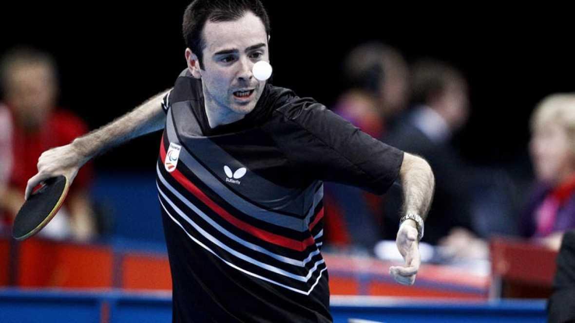El palista paralímpico español Álvaro Valera (C6) se ha quedado hoy a un paso de la medalla de oro al perder la final (8-11, 8-11 y 10-12) ante el tailandés Rungro Thainiyom, en la cuarta jornada de los Juegos Paralímpicos Londres 2012.