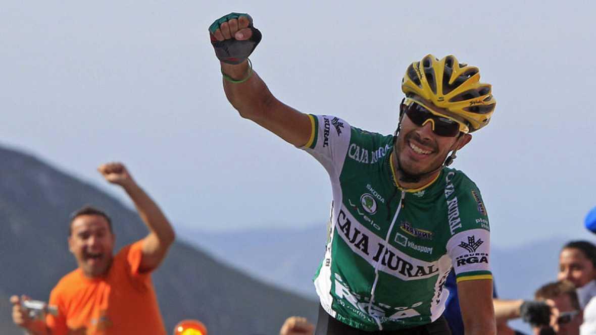 Ni Contador,ni Purito  ni Valderde... la décimoquinta etapa de la Vuelta con final en Lagos de Covadonga fue para el sevillano Antonio Piedra, de 26 años. Entró en solitario después de una escapada de 11 kilómetros. Es el triunfo más grande de su vid