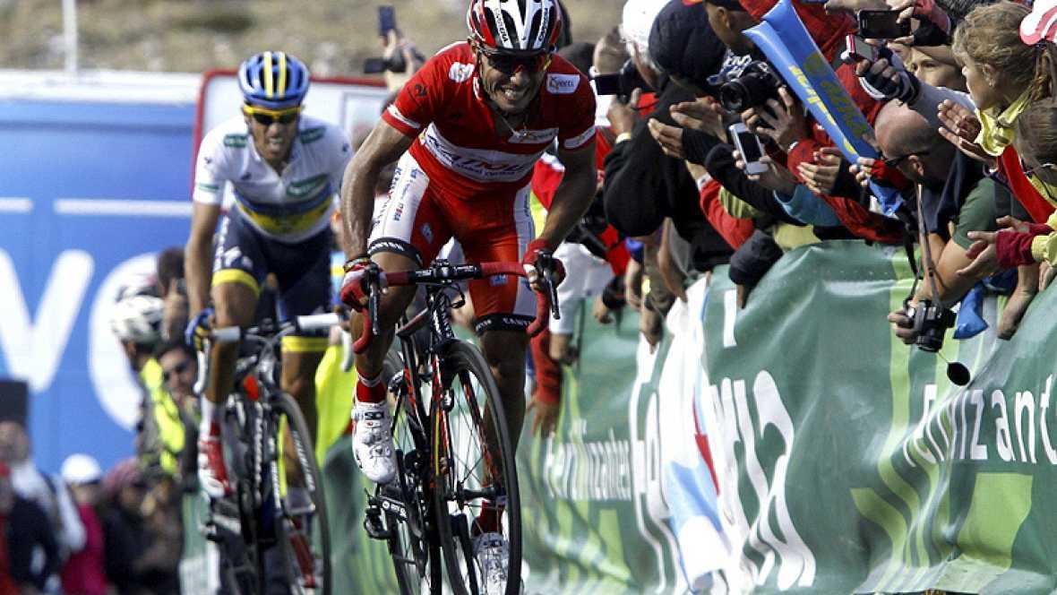 El italiano Dario Cataldo (Omega) ha sido el ganador de la decimosexta etapa de la Vuelta disputada entre Gijón y el Cuitu Negru, en la cima de la estación de Valgrande Pajares, de 183 kilómetros, en la que Joaquim Purito Rodriguez conservó el maillo