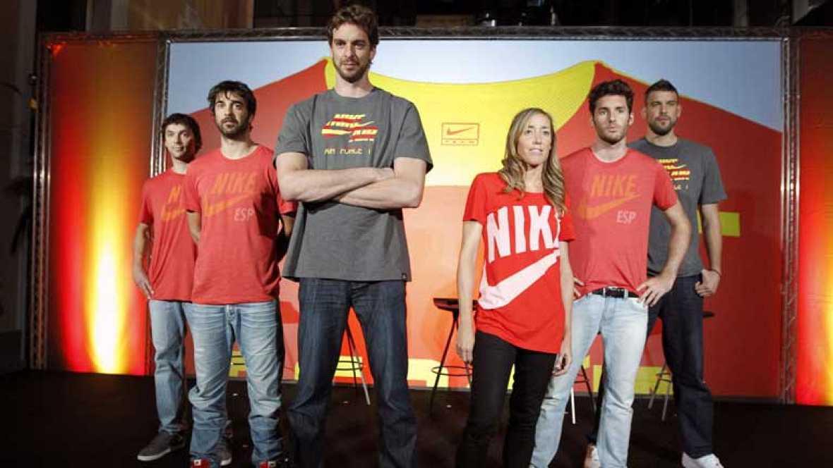 La Federación Española de Baloncesto cambiará de marca de ropa deportiva, a partir de 2013 tras la firma de un nuevo convenio por 3 años con otro patrocinador hecho público esta mañana. El nuevo reto deportivo de Gasol y compañía, será sin duda el Mu