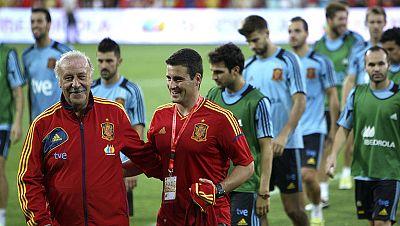 La selección española afronta mañana ante Arabia Saudí su último ensayo antes de iniciar en Georgia el camino que le debe llevar a defender el título de campeón del mundo en el Mundial 2014, en un encuentro en el que nueve meses después regresa el má