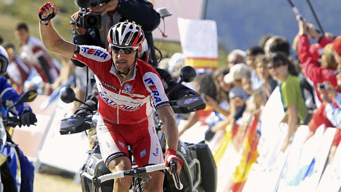 El ruso Denis Menchov (Katusha) ha sido el vencedor de la vigésima etapa de la Vuelta disputada entre Segovia y la Bola del Mundo, de 170,7 kilómetros, en la que Alberto Contador (Saxo Bank) se convirtió en virtual vencedor. Menchov y el australiano