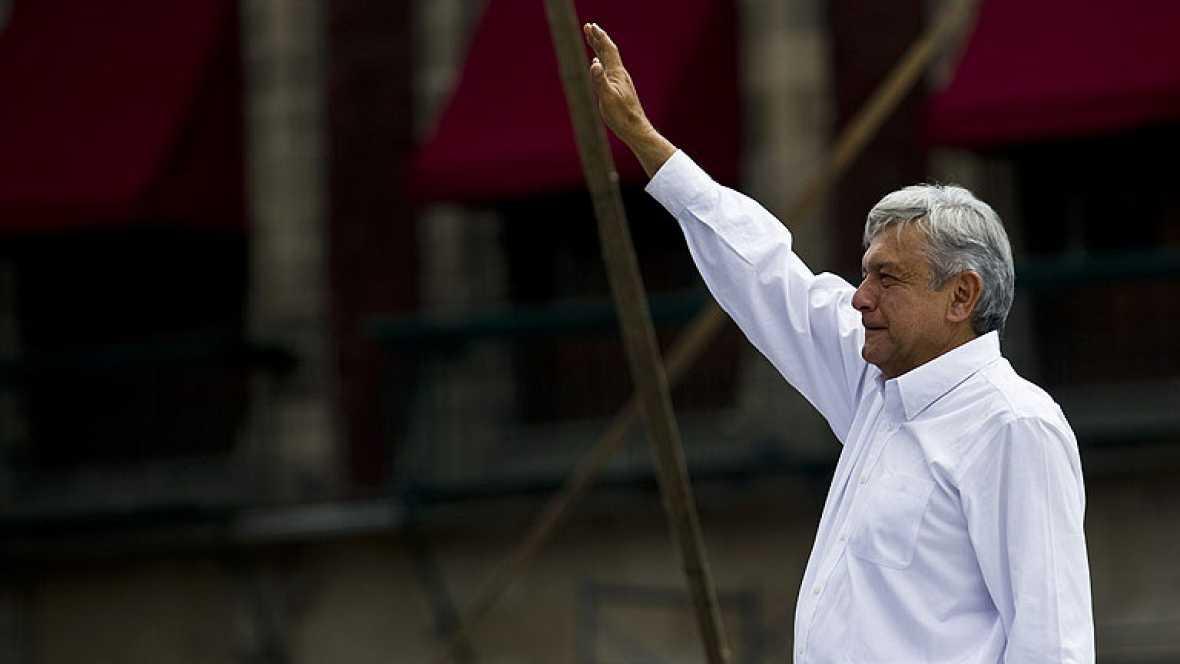 López Obrador anuncia que se separa de los partidos que apoyaron su candidatura