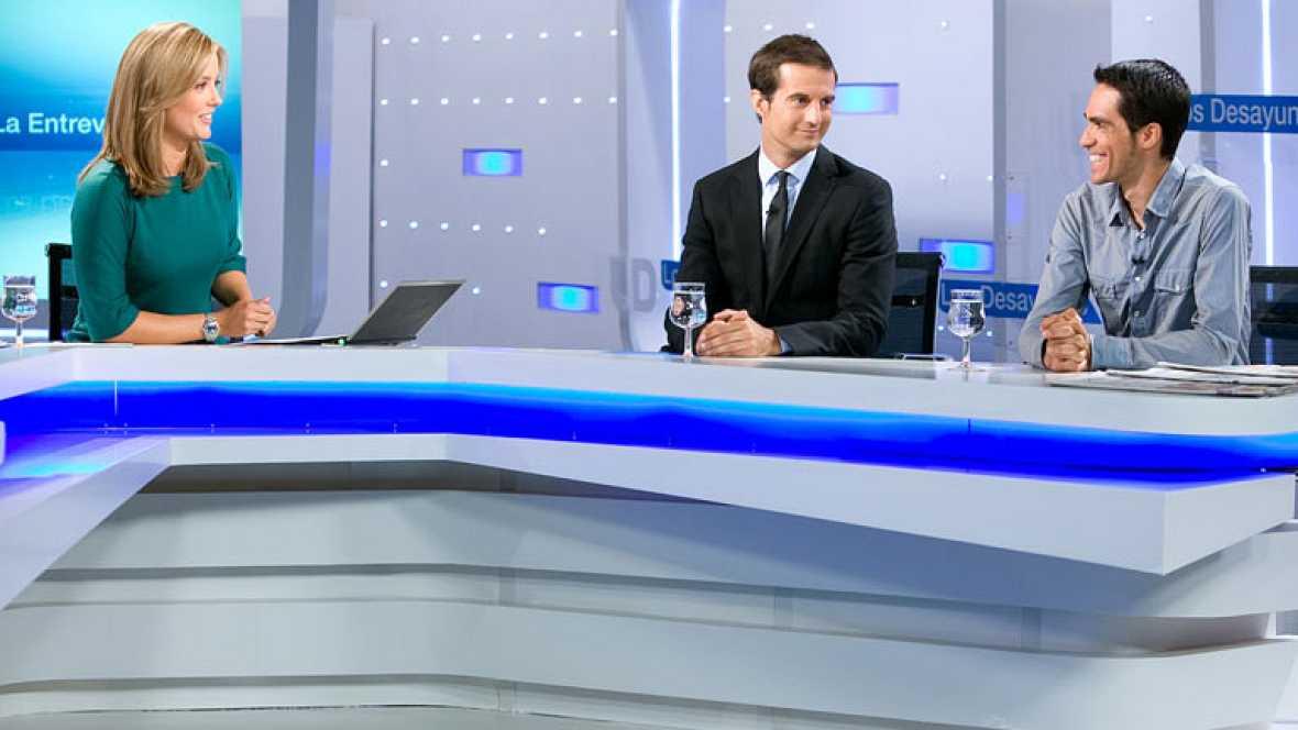 El flamante vencedor de la Vuelta ciclista a España 2012 ha madrugado para acudir al plató de Televisión Española para ser entrevistado.
