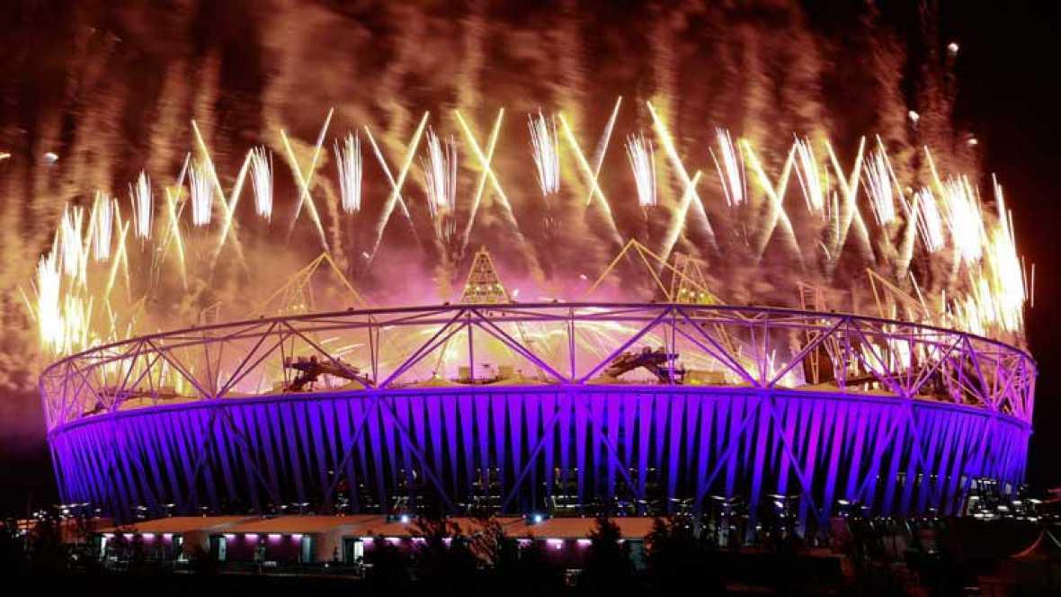 Los Juegos Paralímpicos de Londres se cerraron con una ceremonia de clausura que homenajeó al fuego, a las estaciones del año y a los festivales de música. Precisamente el grupo británico Coldplay protagonizó una parte muy importante de esa ceremonia