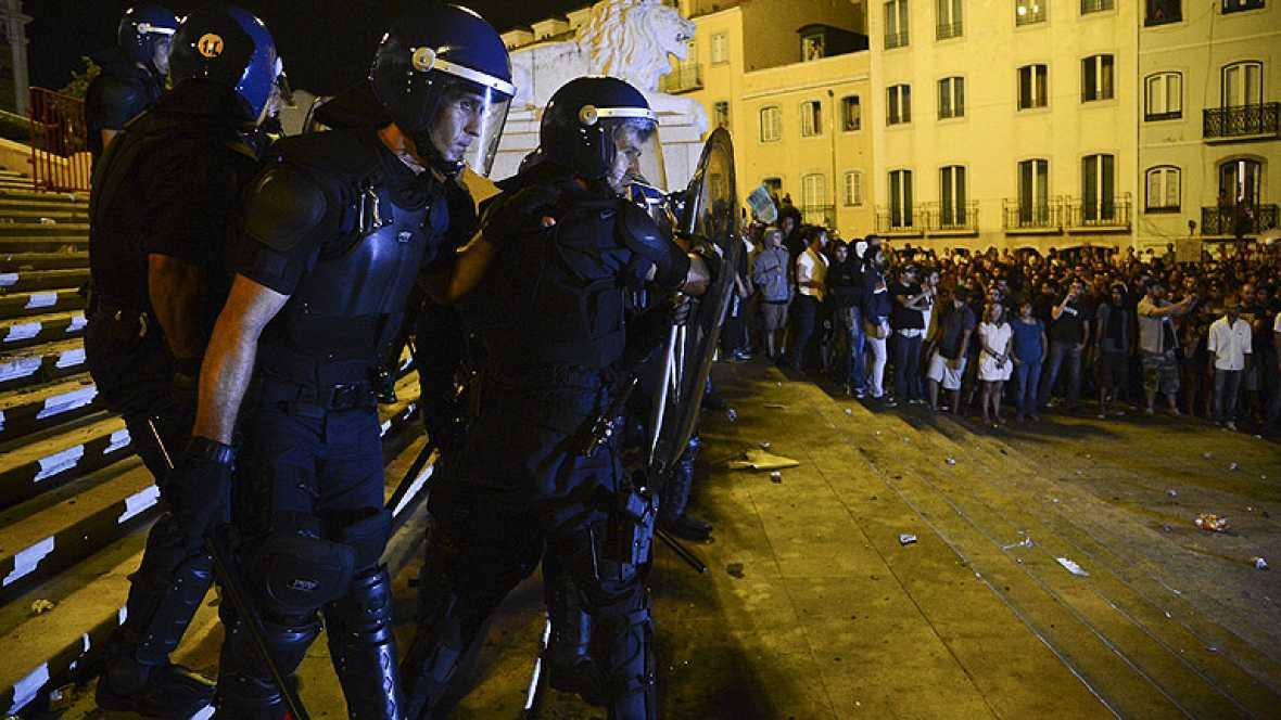 Protestas en Portugal contra los recortes y la troika