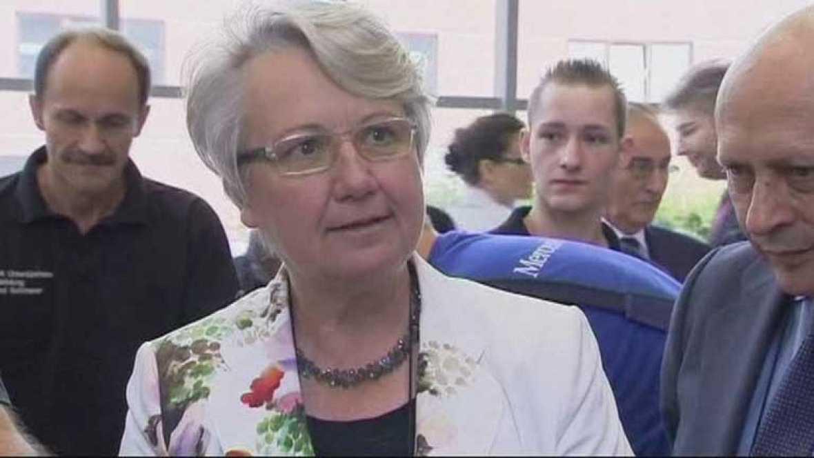 Según un informe pericial la ministra de Educación alemana plagió su tesis doctoral