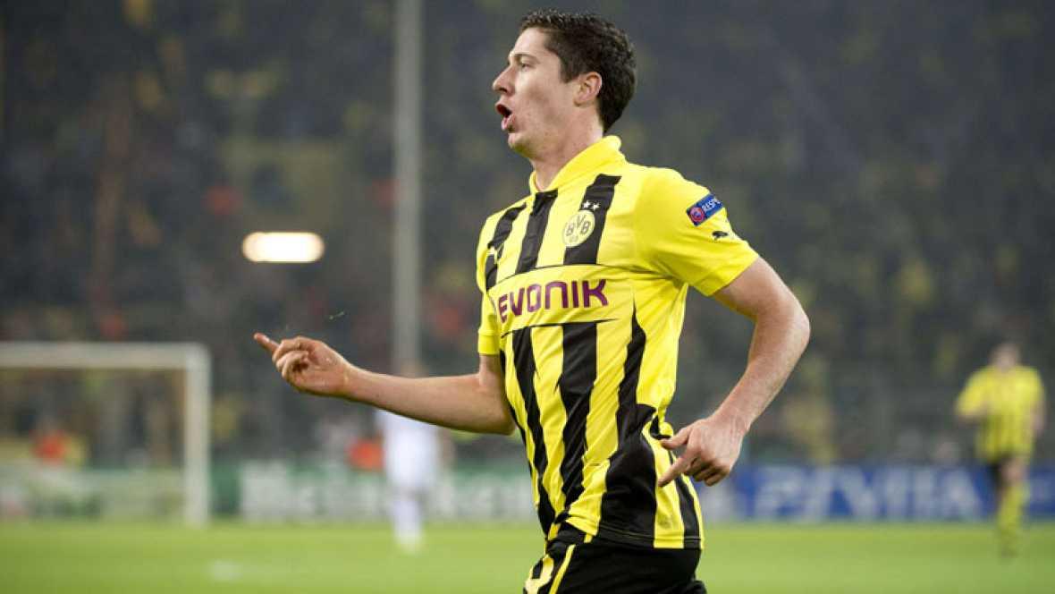 El delantero del Borussia de Dortmund Lewandowski ha adelantado a su equipo ante el Real Madrid en el minuto 35 de juego.