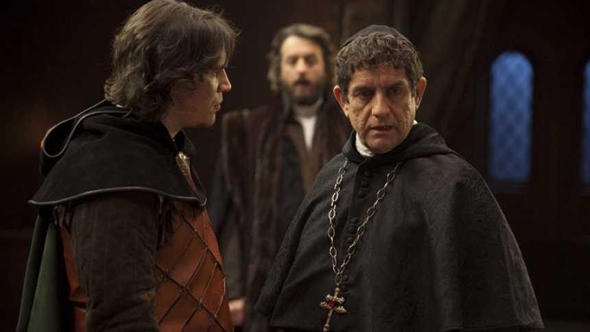 Isabel - ¿Es Carrillo un traidor?