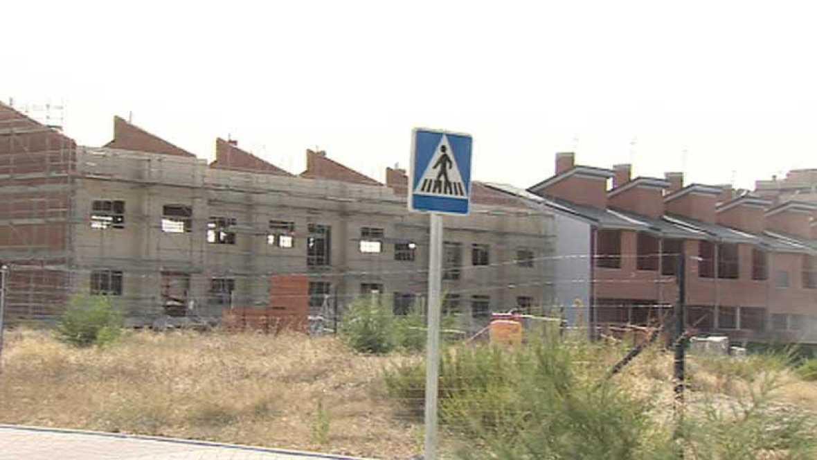 El gobierno insiste en que no hay ninguna decisión tomada sobre el permiso de residencia para extranjeros