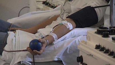 Alrededor de 350 personas esperan en España un trasplante de células madre