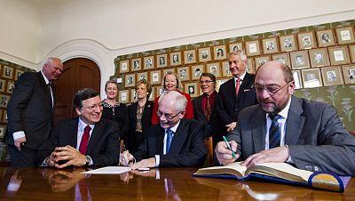 La UE recibe hoy el Premio Nobel de la Paz en Oslo, y lo hace en su momento más delicado