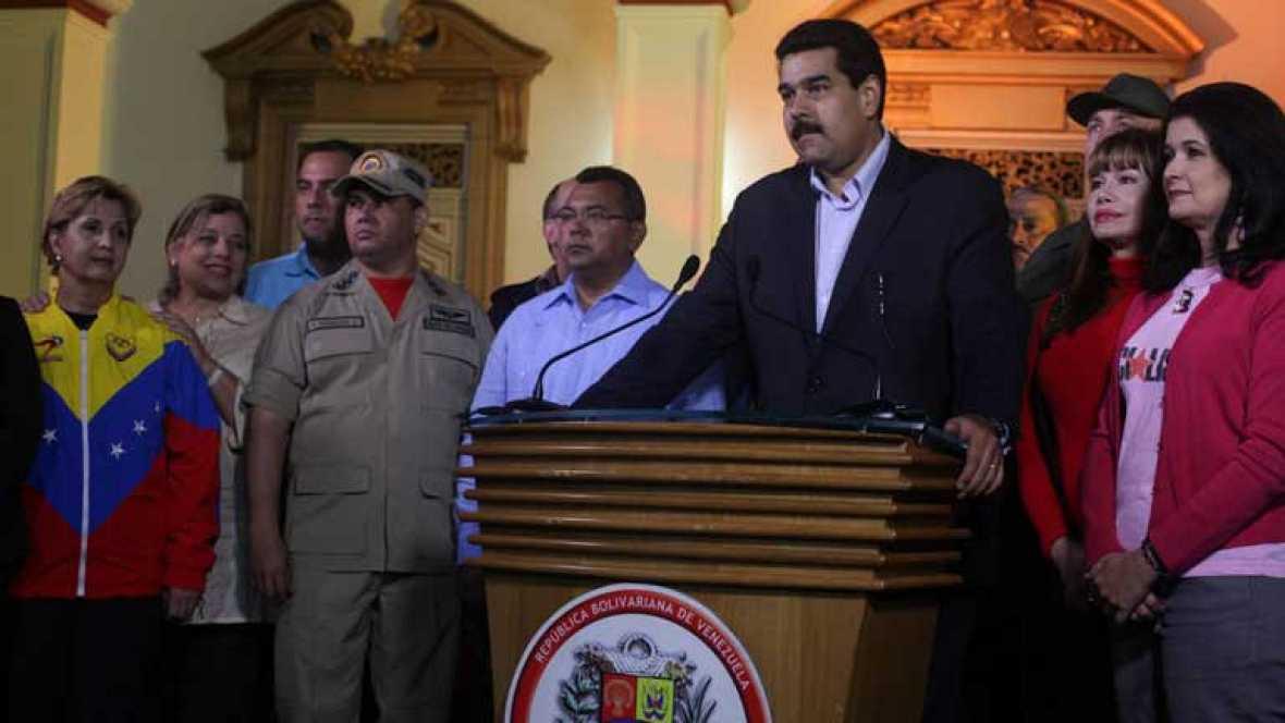 Hugo Chavez se recupera tras la operación