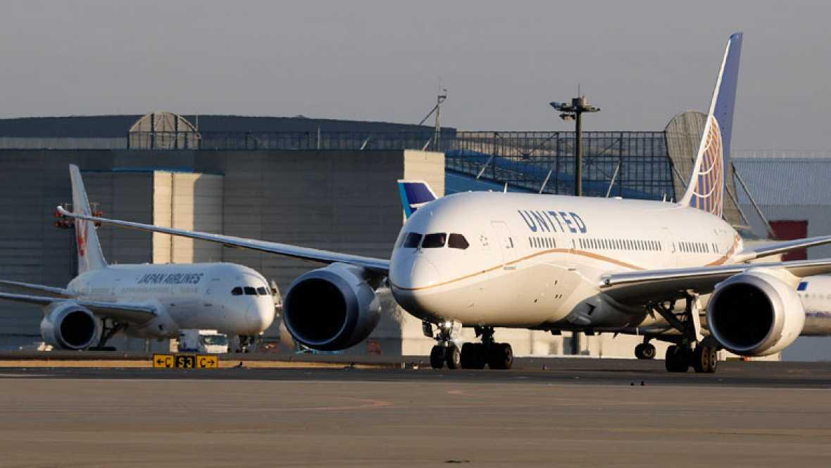 Los aviones 787 de boeing fuera del espacio aéreo