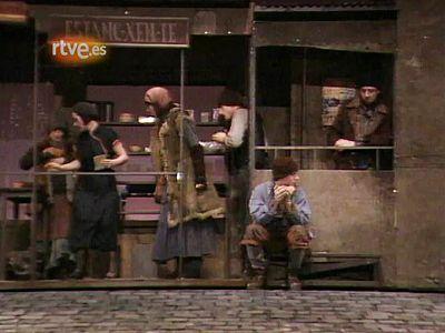 Arxiu TVE Catalunya - La bona persona de Sezuan (1a part)